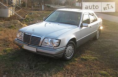 Mercedes-Benz E 300 1995 в Одессе