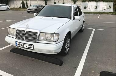 Mercedes-Benz E 300 1990 в Киеве
