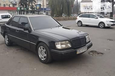 Mercedes-Benz E 300 1995 в Черновцах