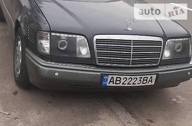 Mercedes-Benz E 300 1995 в Киеве