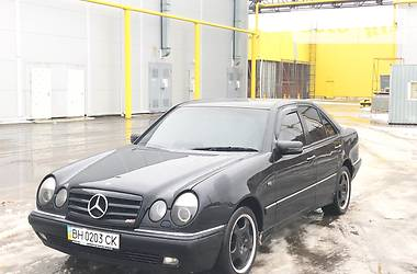 Mercedes-Benz E 320 1998 в Одессе