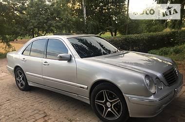 Mercedes-Benz E 320 2000 в Мостиске