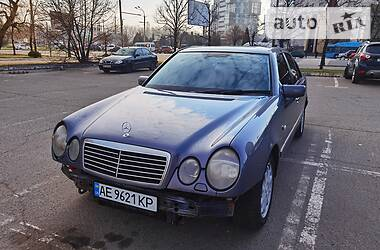 Mercedes-Benz E 430 1999 в Днепре