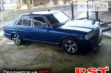 Mercedes-Benz E-Class All-Terrain 1981 в Корсуне-Шевченковском