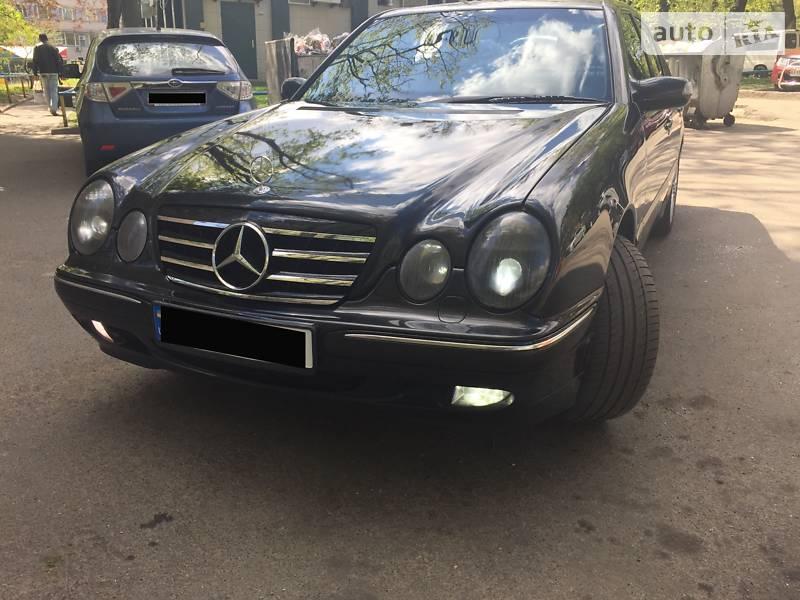 Mercedes-Benz E-Class 2000 в Киеве