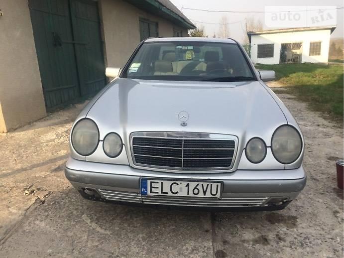 Mercedes-Benz E-Class 1995 в Белогорье