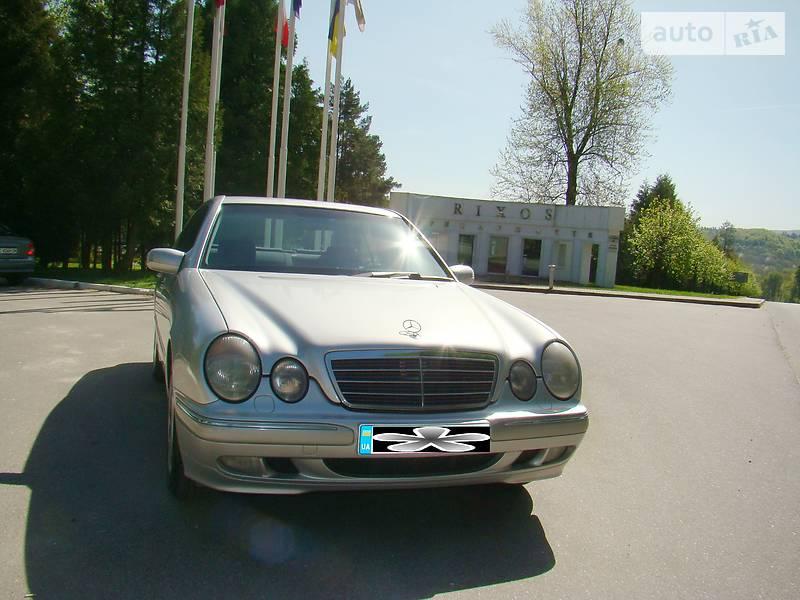 Mercedes-Benz E-Class 2001 в Трускавце