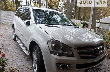 Позашляховик / Кросовер Mercedes-Benz GL 500 2008 в Новограді-Волинському