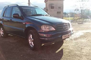 Mercedes-Benz ML 270 2001