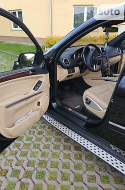 Внедорожник / Кроссовер Mercedes-Benz ML 350 2009 в Хусте