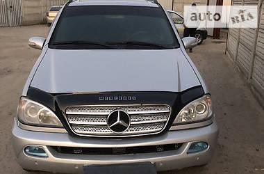 Универсал Mercedes-Benz ML 430 2001 в Гнивани