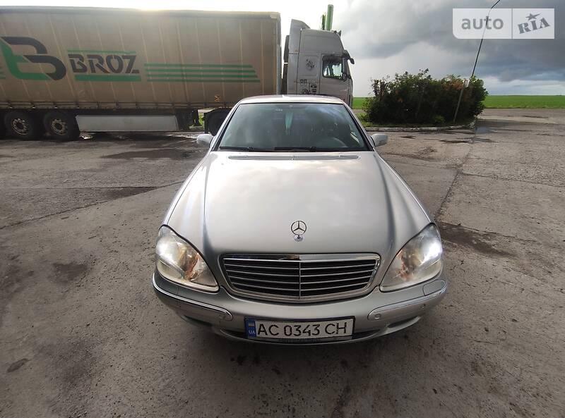 Седан Mercedes-Benz S 320 2001 в Радехові