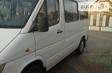 Mercedes-Benz Sprinter 211 пасс. 2000