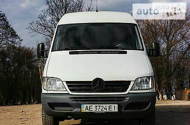 Mercedes-Benz Sprinter 311 пасс. 2006 в Кривом Роге