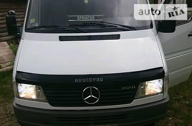 Минивэн Mercedes-Benz Sprinter 312 груз.-пасс. 1999 в Воловце