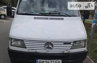 Mercedes-Benz Sprinter 312 пасс. 1996 в Киеве