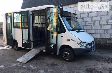 Mercedes-Benz Sprinter 413 пасс. 2004 в Ровно