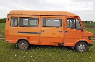 Микроавтобус (от 10 до 22 пас.) Mercedes-Benz T1 208 пасс 1989 в Теофиполе