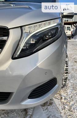 Mercedes-Benz V 220 2016 в Киеве