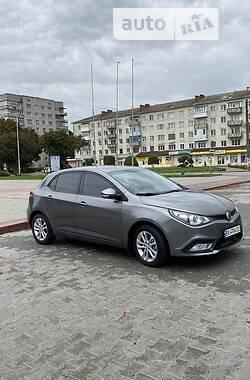 Хетчбек MG 5 2013 в Новограді-Волинському