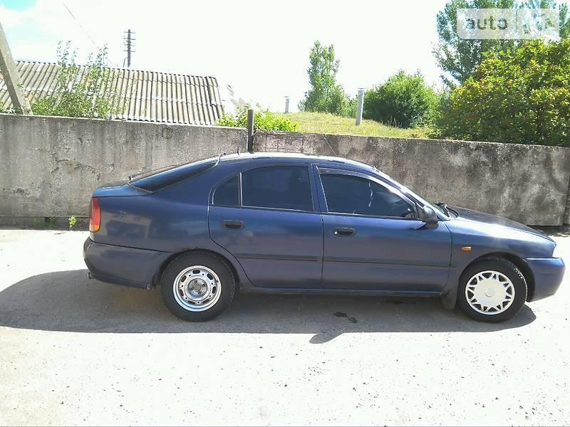 Mitsubishi Carisma 1998 в Романове