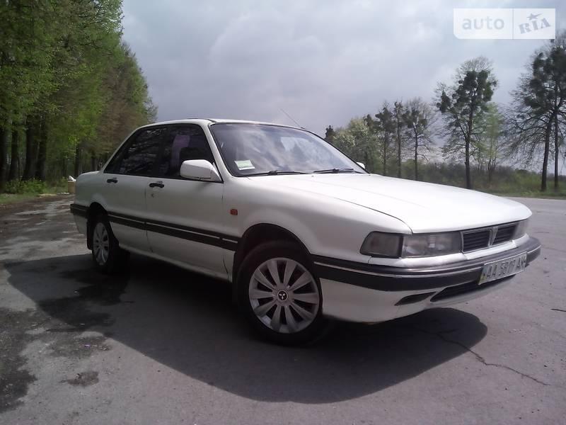 Mitsubishi Galant 1989 в Ровно