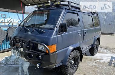 Позашляховик / Кросовер Mitsubishi L 300 пасс. 1990 в Івано-Франківську