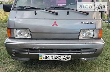 Мінівен Mitsubishi L 300 пасс. 1990 в Сарнах