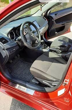 Седан Mitsubishi Lancer 2011 в Изюме