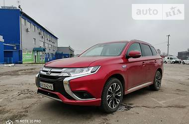 Mitsubishi Outlander PHEV 2018 в Харькове