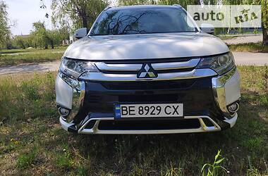 Mitsubishi Outlander PHEV 2018 в Николаеве