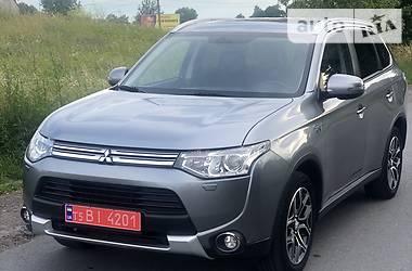 Mitsubishi Outlander PHEV 2015 в Львове