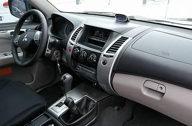 Mitsubishi Pajero Sport 2011 года