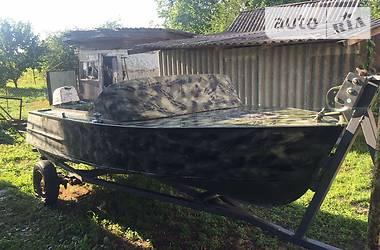 Лодка МКМ Херсонка 1985 в Золотоноше