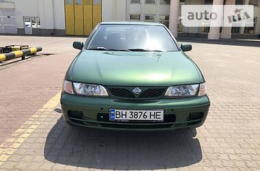 Седан Nissan Almera 2000 в Одессе