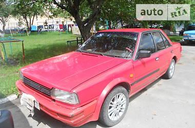 Nissan Bluebird 1987 в Волочиську