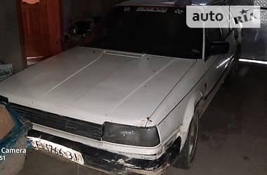 Nissan Bluebird 1988 в Черновцах
