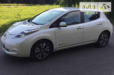 Nissan Leaf 2015 в Ровно
