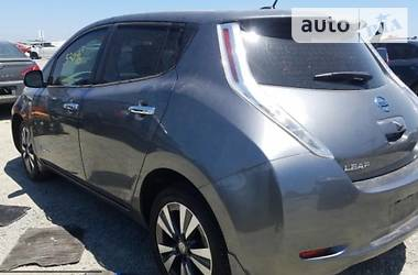 Nissan Leaf 2015 в Чернівцях