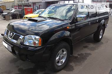 Nissan NP300 2012
