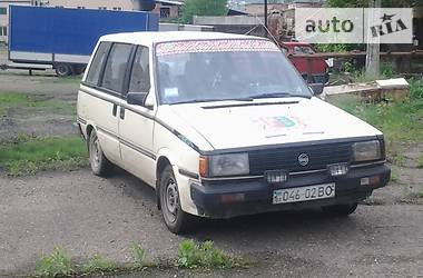 Nissan Prairie 1987 в Черновцах