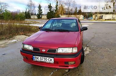 Nissan Primera 1996 в Вараше
