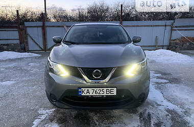 Внедорожник / Кроссовер Nissan Rogue Sport 2018 в Киеве