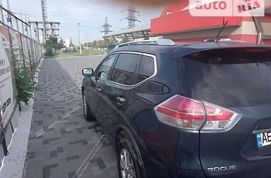 Позашляховик / Кросовер Nissan Rogue 2016 в Дніпрі