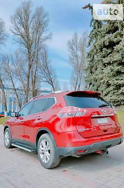 Внедорожник / Кроссовер Nissan Rogue 2014 в Тернополе