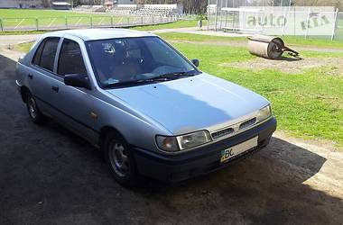 Nissan Sunny 1993 в Львове