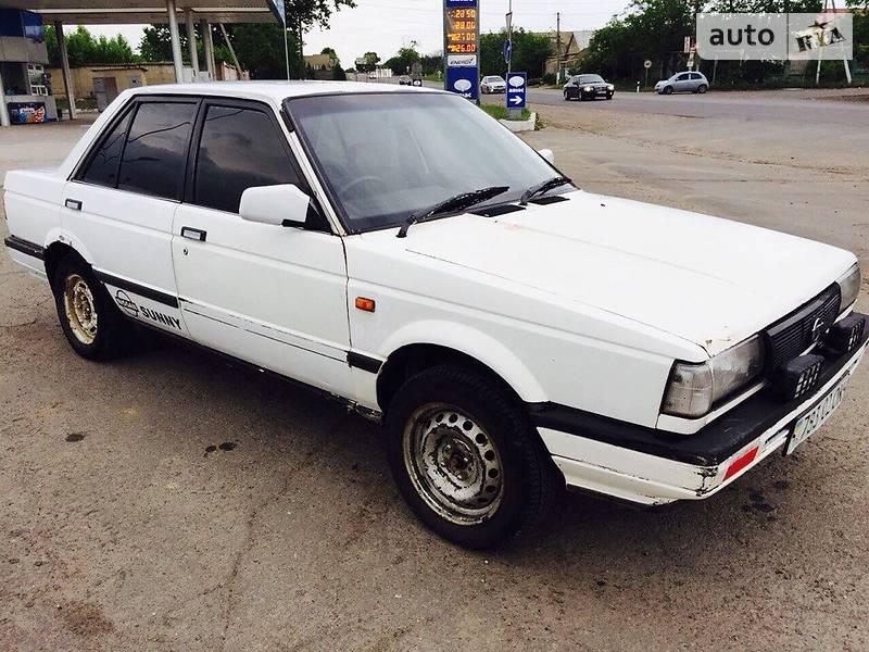 Nissan Sunny 1987 року