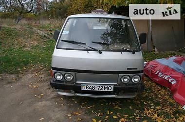 Nissan Vanette пасс. 1987 в Черновцах