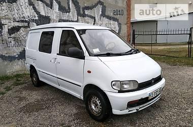 Nissan Vanette пасс. 1995 в Черновцах