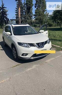 Позашляховик / Кросовер Nissan X-Trail 2016 в Києві